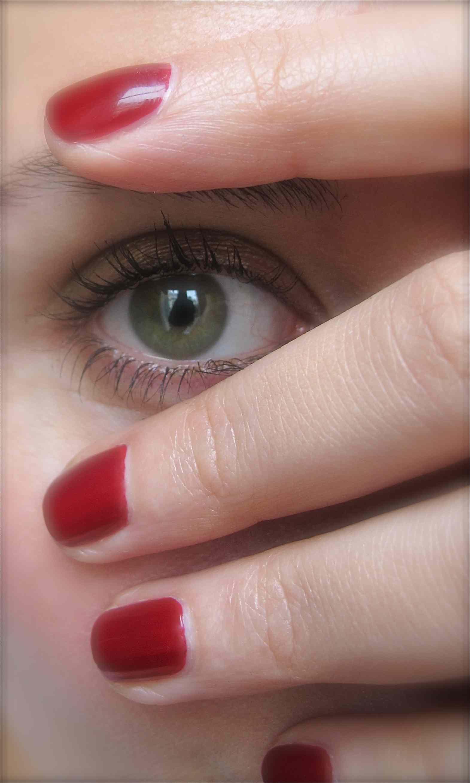 Korres deep red nail polish - MakeMyBeautyMakeMyBeauty