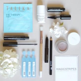 MakeMyBeauty-Box-yeux-bleus-fard-RMS-myth