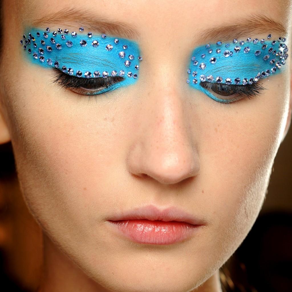 bleu-graphique-makeup-Dior